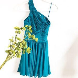 NEW! HALSTON HERITAGE One Shoulder Formal Dress